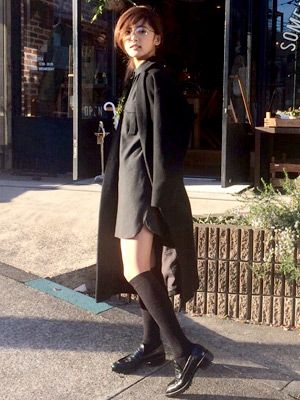 プレーンなブラック配色で得意のハンサムコーデ