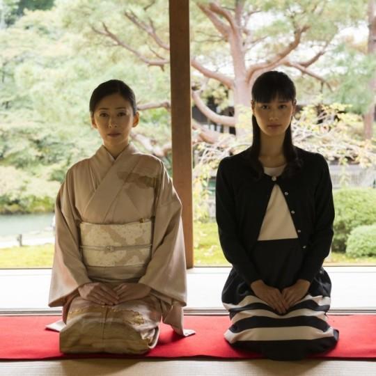 松雪泰子が一人二役【映画:古都】娘役に橋本愛と成海璃子