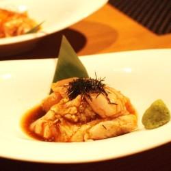 女子会におすすめ!日本三大美味鶏の比内地鶏が味わえる「鳥義士」