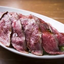 『MEET the MEAT』滝沢カレンおすすめ、【旬熟成】で肉の旨みを堪能!