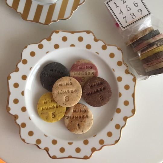 イヴルルド遙華先生 × JUICERY by CosmeKitchenコラボのクッキーが発売中!