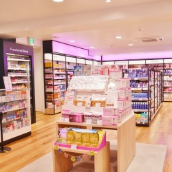 働く女性のためのマツキヨ「BeautyU」 銀座にオープン