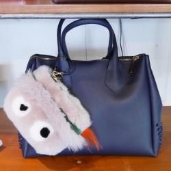 定番スタイルを格上げするクラシックなバッグ【ジャンニキアリーニ】