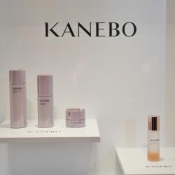 髪にもつけられるオイルがおすすめ♡女性のリズムに合わせてサポートするスキンケア【KANEBO】