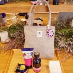 天然精油を使った贅沢な香りのコフレ4種【ニールズヤード レメディーズ】