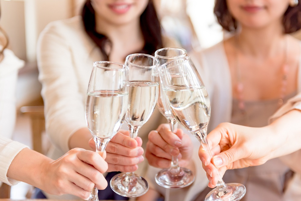 ■正しい乾杯マナー