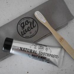 女友達にあげたい!自然成分歯磨き粉のおしゃれな「トラベルセット」