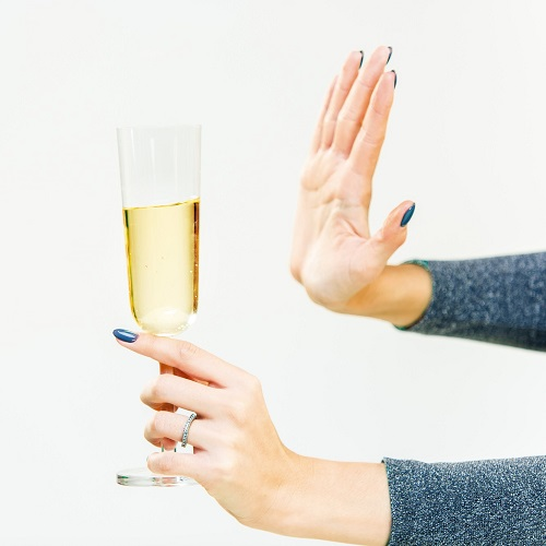 「お酒が苦手なので結構です」はどう伝える?ビジネスで使える上手な言い回し5つ